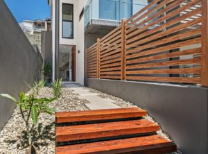 Eurowood Aluminium Spotted Gum Privacy screen