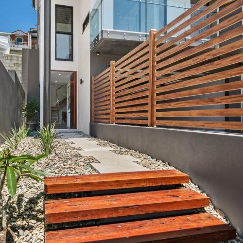 Eurowood Aluminium Fence